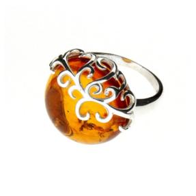 Strieborný prsteň s jantárom Sila prírody