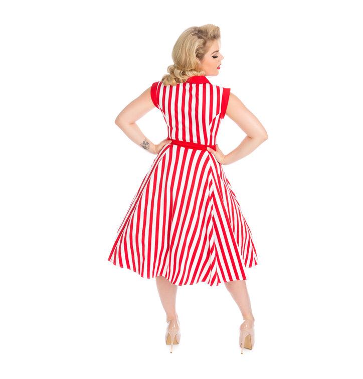 Lifestyle fotó Piros-fehér csíkos retró pin up ruha 7323683fe9