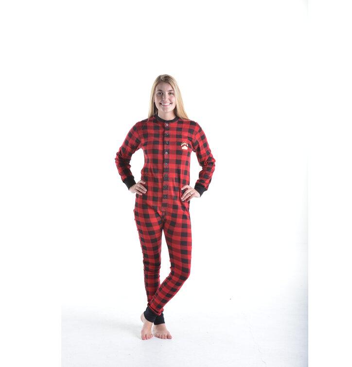 Lifestyle foto Červený károvaný pyžamový overal Medvědí zadečky c936b0db8e