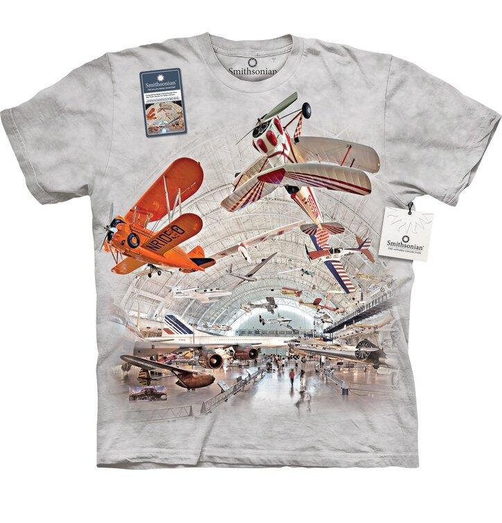 Repülőgépek a hangárban póló