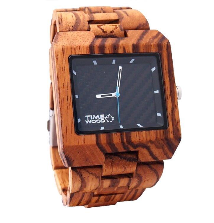 Fából készült Valdi óra