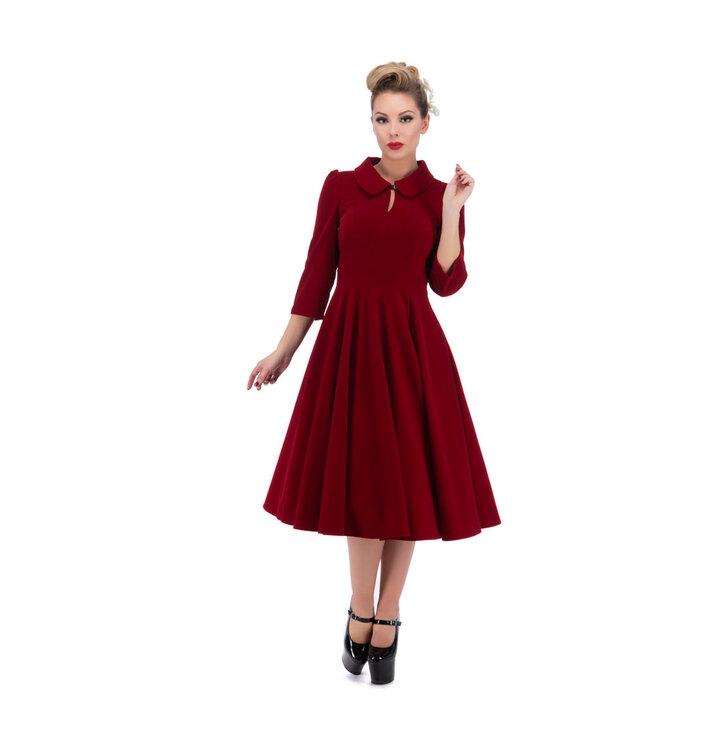 Pre dokonalý a originálny outfit Červené zamatové retro pin up šaty s  rukávom b926ba65428