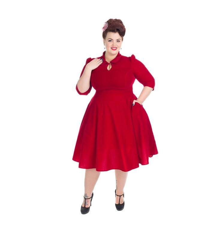 Výpredaj Červené zamatové retro pin up šaty s rukávom b4f5eb2b503
