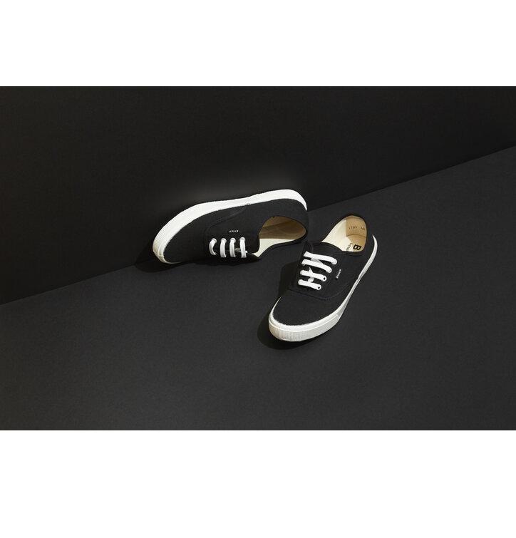 Tip na darček Pánske nízke plátené konopné tenisky čierno-biele ec36e62b401