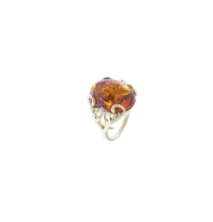 Strieborný prsteň s jantárom Kráľovná