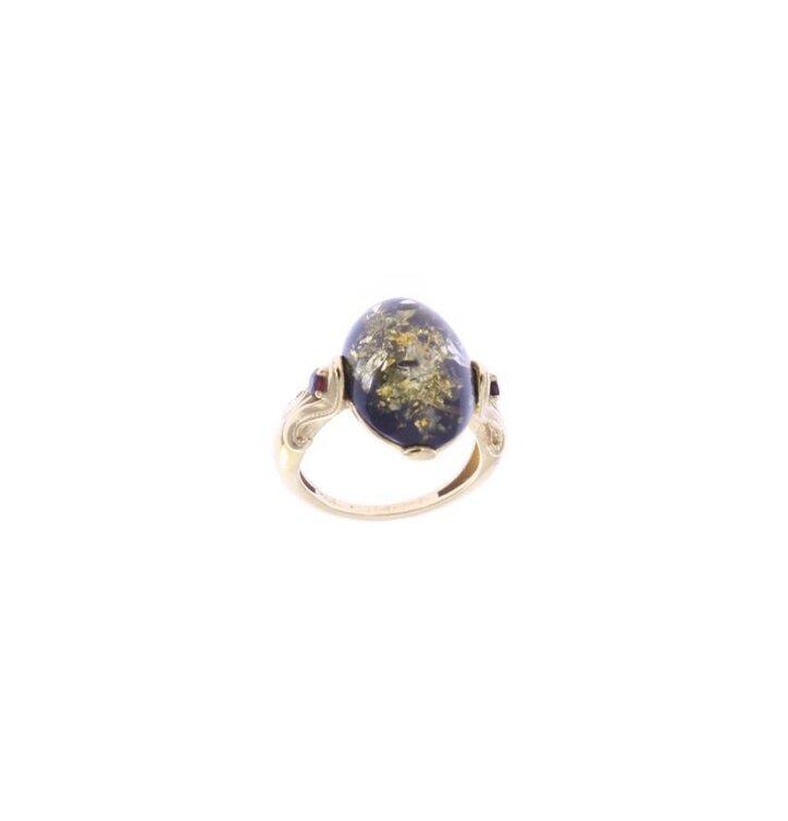Strieborný prsteň s jantárom Zem