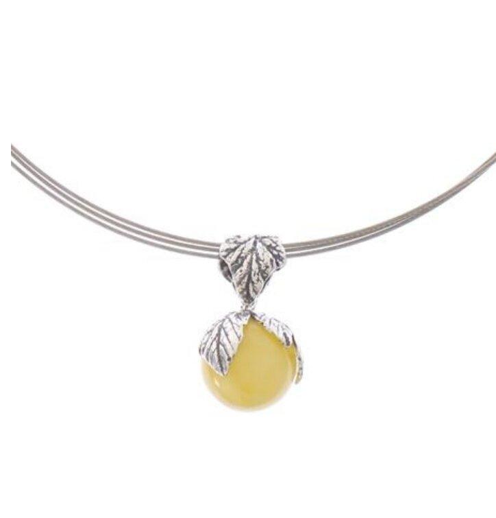 Stříbrný náhrdelník s jantarem Zářivé slunce