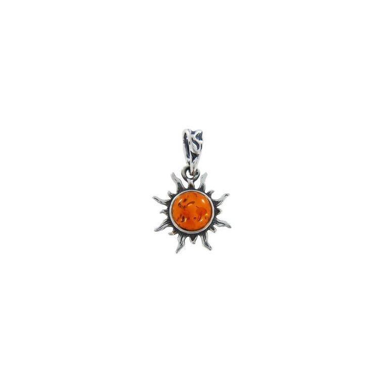 Strieborný prívesok s jantárom Červené slnko
