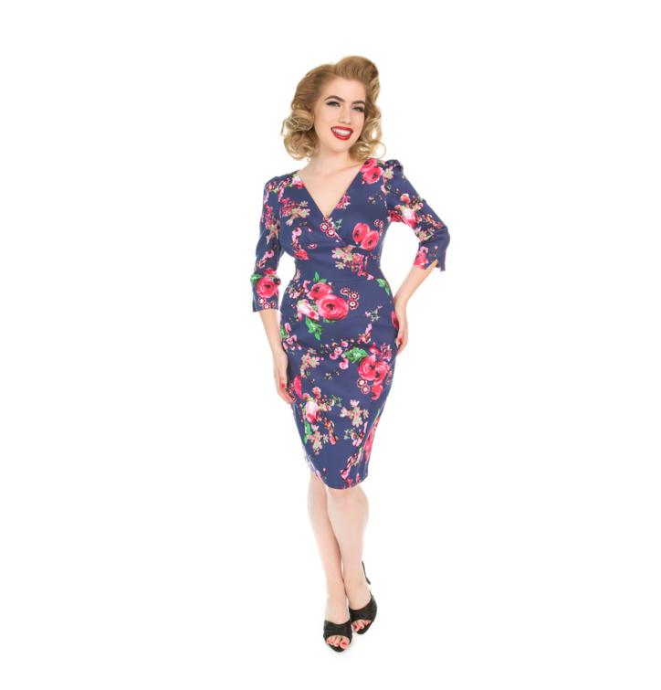 Retro puzdrové šaty s rukávom Ružové kvety