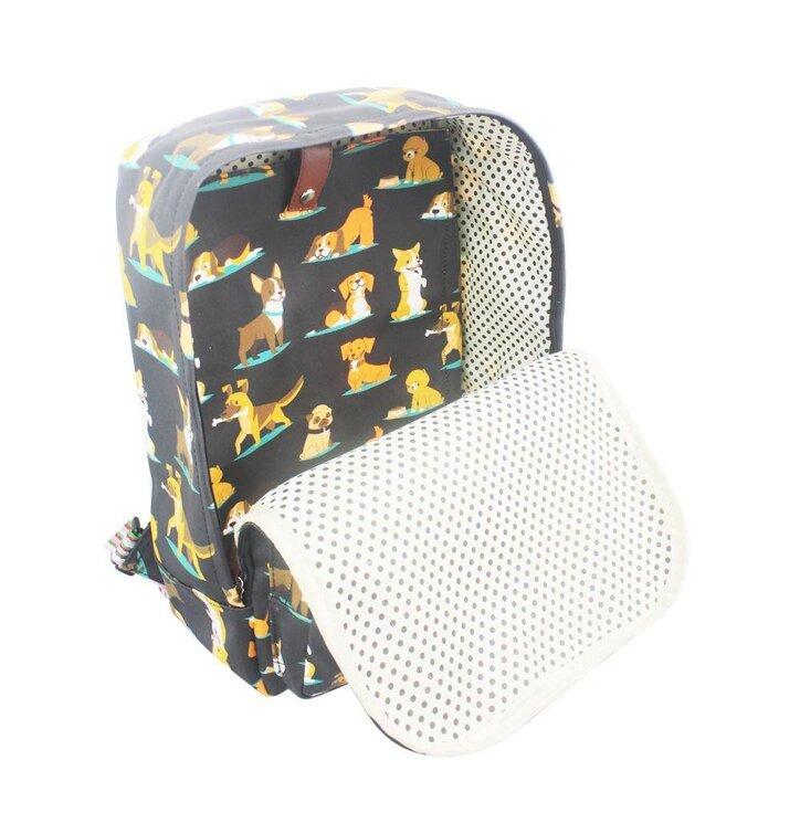 Tip na dárek Černý batoh na notebook Pejsci ff97465388