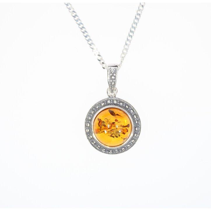 Strieborný náhrdelník s jantárom Zrkadlo