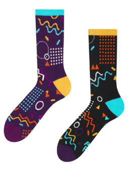 Veselé sportovní ponožky Retro geometrie
