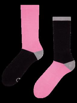 Chaussettes de sport noires et roses