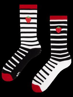 Veselé sportovní ponožky Černobílá jahoda