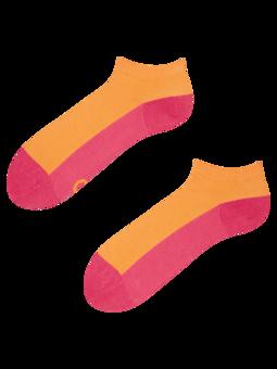 Himbeerrosa Knöchelsocken Fußabdruck
