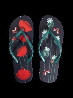 Veselé žabky s aplikáciou Lienky a červené maky