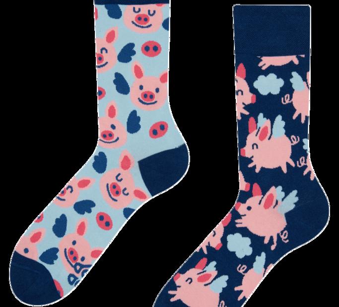 Good Mood Regular Socks Flying Pigs