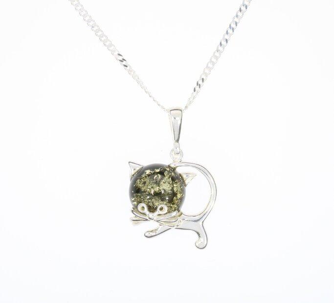 Strieborný náhrdelník so zeleným jantárom Mačka