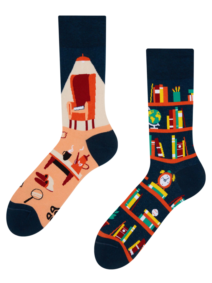Looking for an original and unusual gift? The gifted person will surely surprise with Regular Socks Library