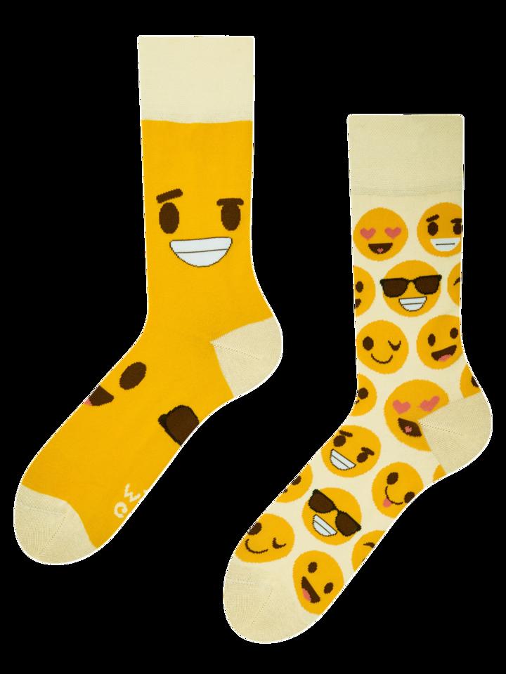 für ein vollkommenes und originelles Outfit Lustige Socken Smileys