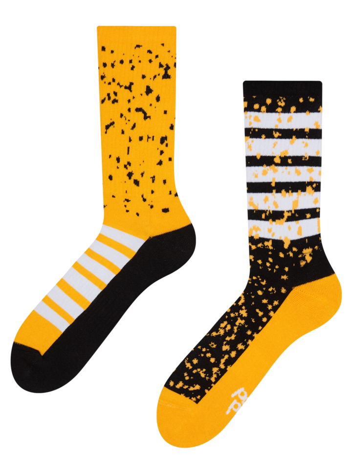 Looking for an original and unusual gift? The gifted person will surely surprise with Sport Socks Stripes & Spots