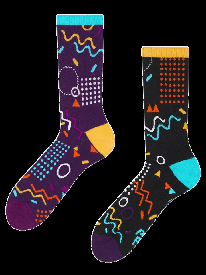 Foto Veselé sportovní ponožky Retro geometrie