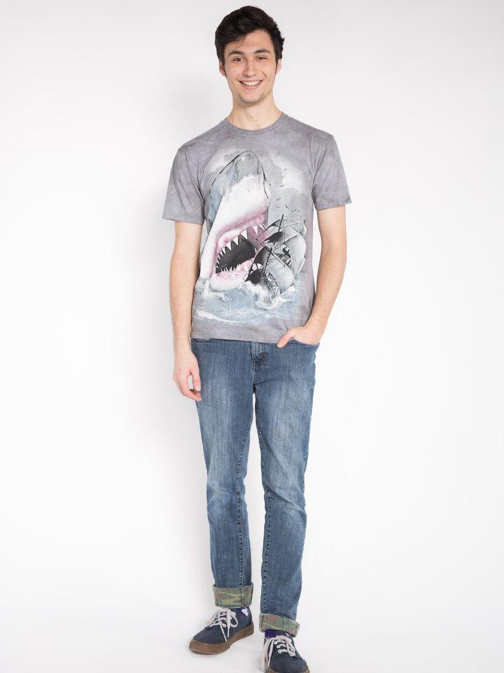 Suchen Sie ein originelles und außergewöhliches Geschenk? überrascht den Beschenkten sicher T-Shirt Haikatastrophe