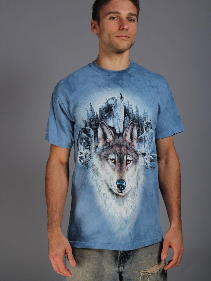 Potešte sa týmto kúskom Dedoles Tričko Modré vlky a mesiac