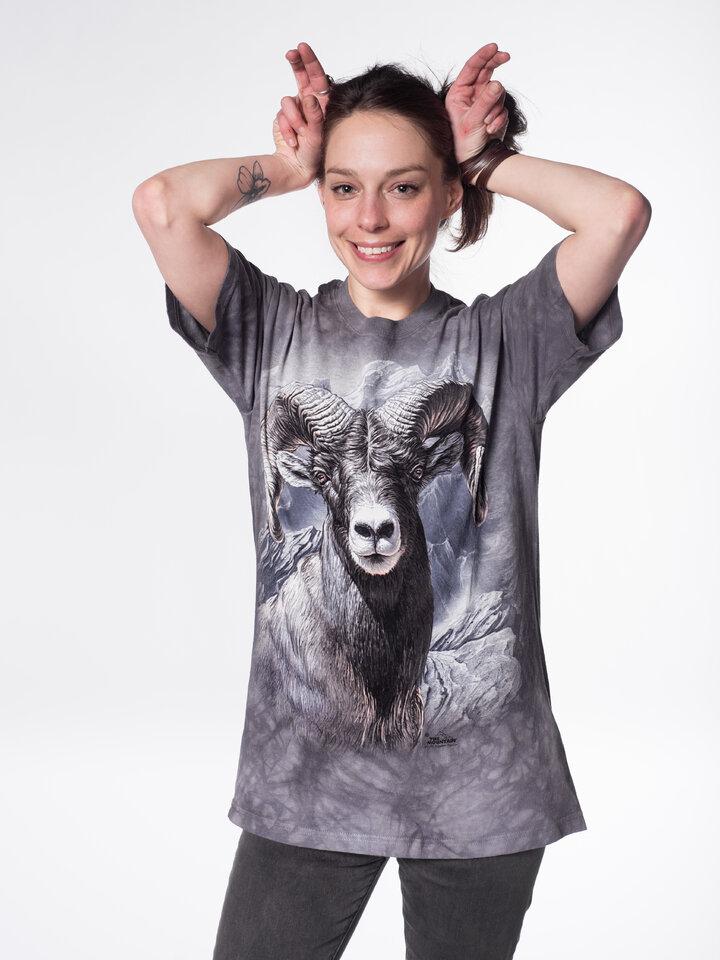 Szerezzen magának örömet ezzel a Dedoles darabbal Muflon póló