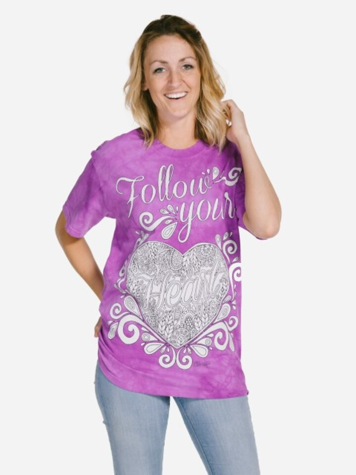Looking for an original and unusual gift? The gifted person will surely surprise with Mandala Colouring T-shirt Follow Your Heart