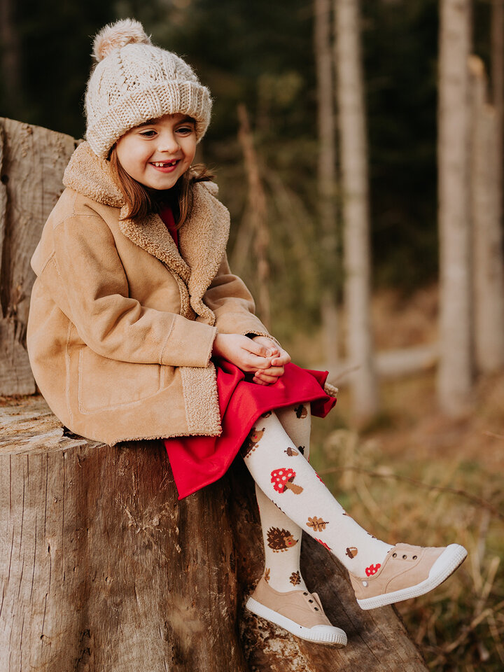 Potěšte se tímto kouskem Dedoles Veselé dětské punčošky Lesní ježek