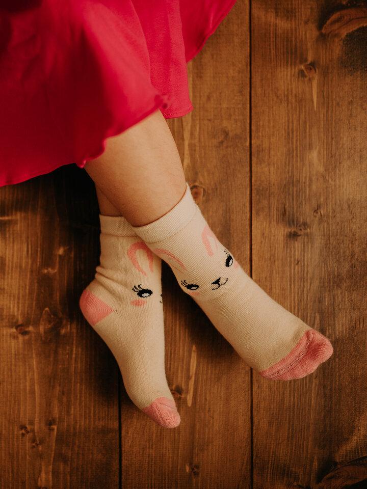 pro dokonalý a originální outfit Veselé dětské teplé ponožky Králíček