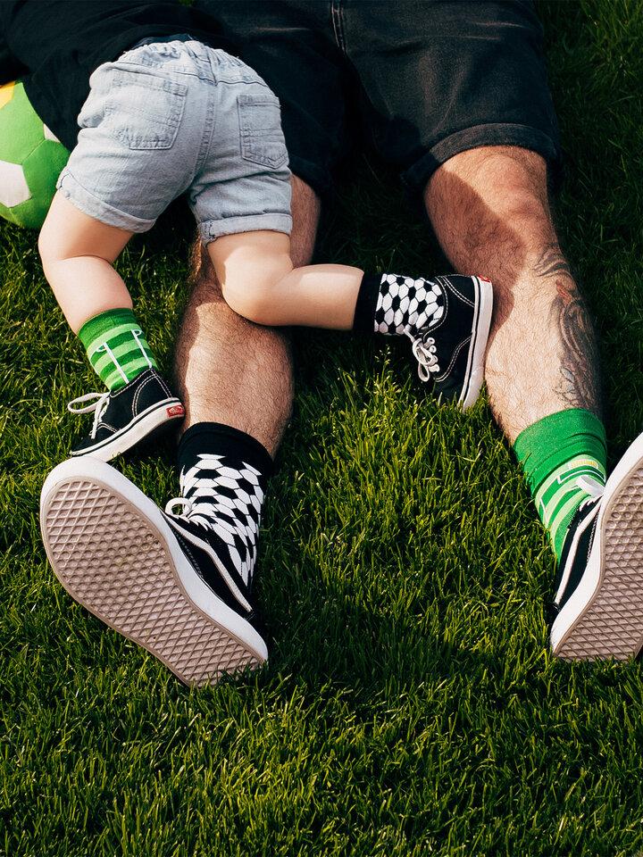 Ausverkauf Lustige Kindersocken Fußball