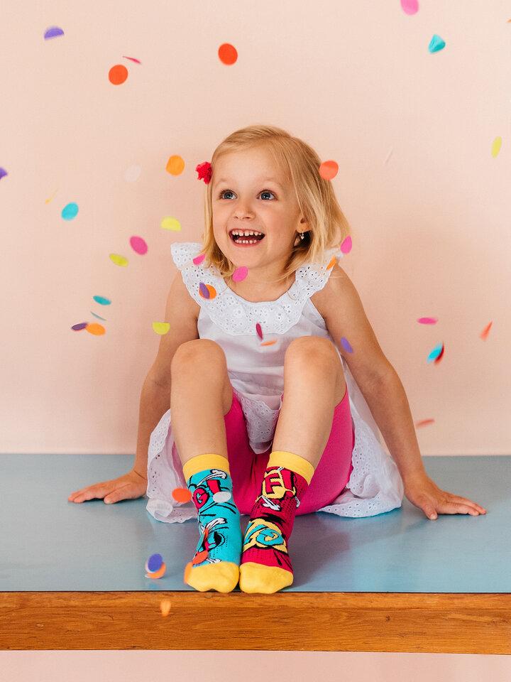 Pre dokonalý a originálny outfit Kid's Socks Comics