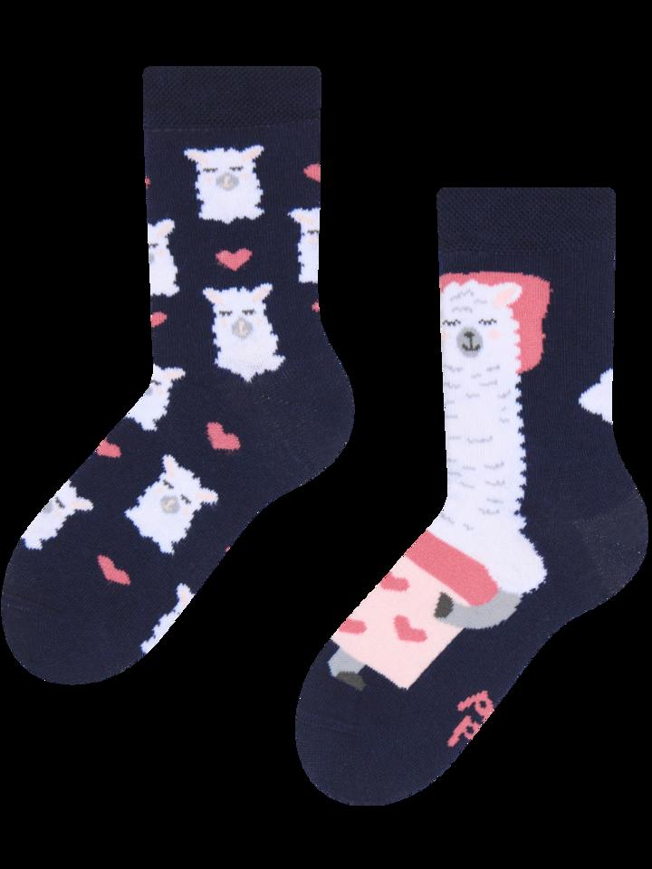 Potešte sa týmto kúskom Dedoles Vesele dječje čarape Ljama spava