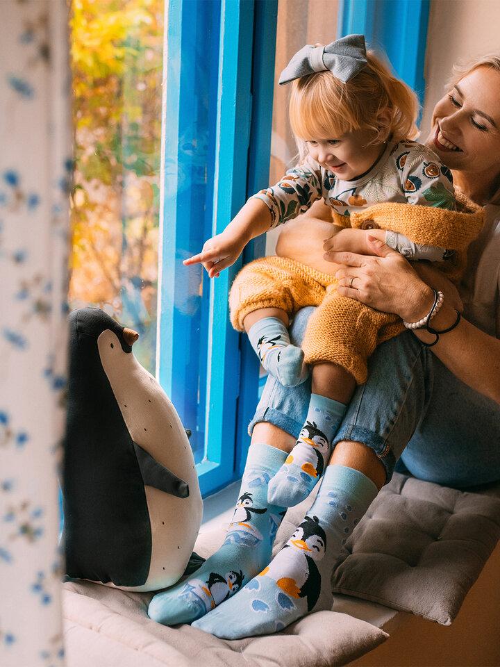 Sleva Veselé dětské ponožky Šťastný tučňák