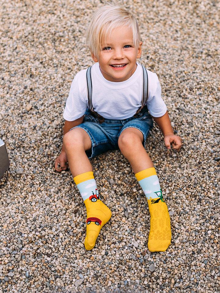 pentru outfit-ul perfect Șosete Vesele pentru Copii Tractor