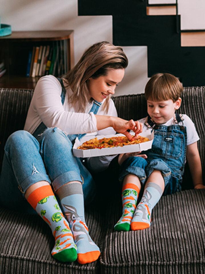 Výnimočný darček od Dedoles Детски весели чорапи Bugs Bunny ™ Морков