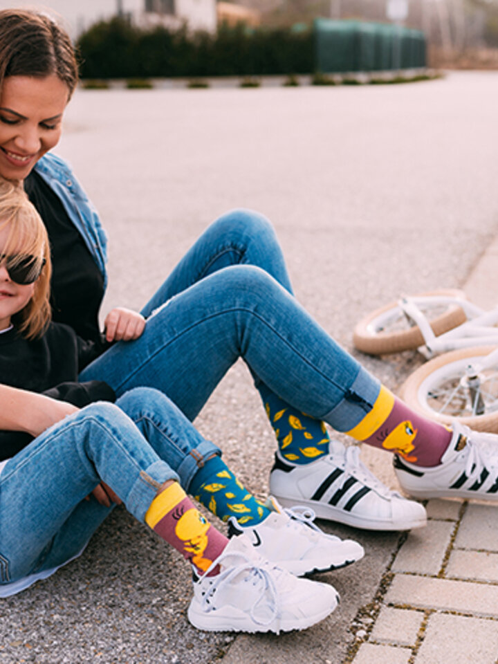 Potešte sa týmto kúskom Dedoles Tweety ™Kids Socks Feathers