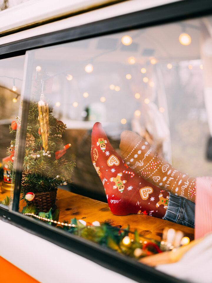 Výpredaj Veselé teplé ponožky Perníkový svet