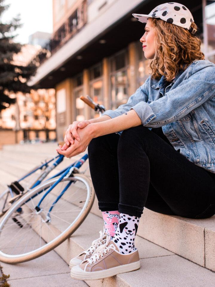 Pre dokonalý a originálny outfit Good Mood Eco Friendly Socks Pink Dalmatians
