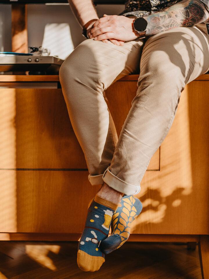 Pre dokonalý a originálny outfit Весели къси чорапи Време за бира