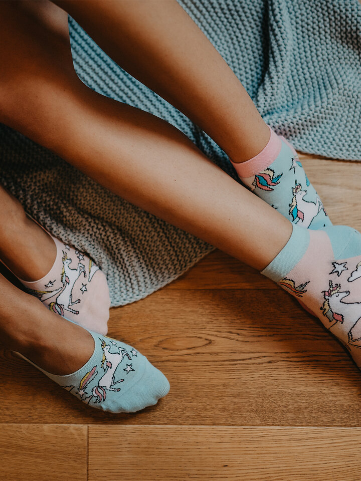 Pre dokonalý a originálny outfit Ankle Socks Rainbow Unicorn