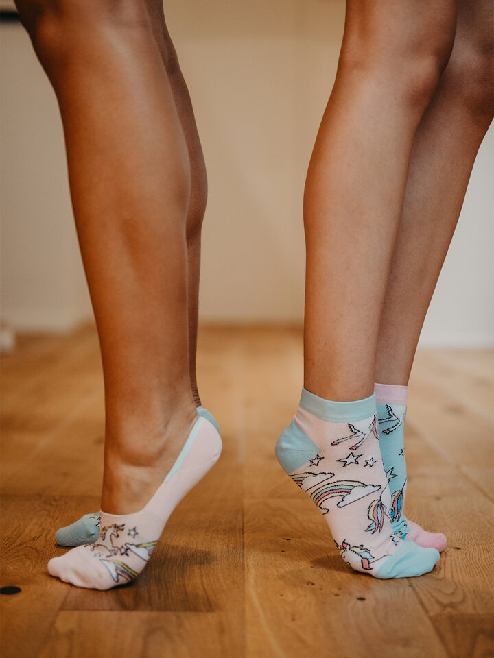 Lifestyle foto Socquettes rigolotes Licorne arc-en-ciel