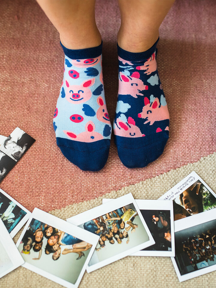 Lifestyle photo Ankle Socks Flying Pigs