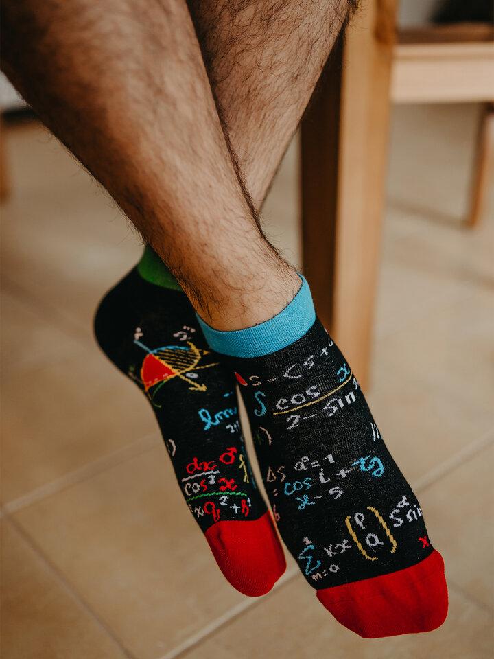 Potešte sa týmto kúskom Dedoles Ankle Socks Mathematics