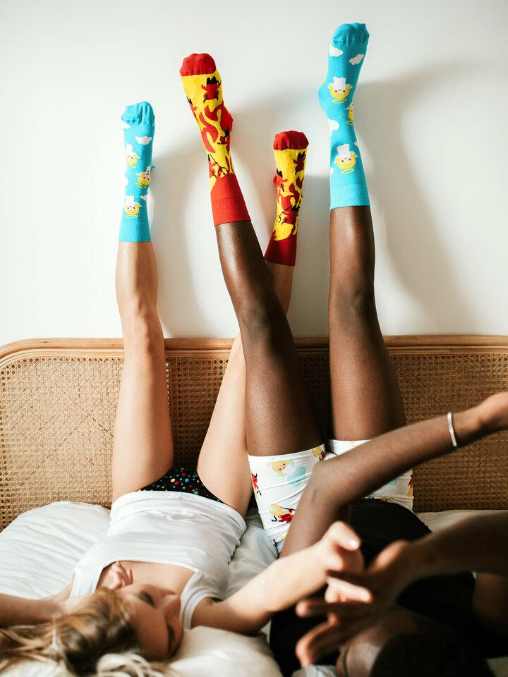 Lifestyle foto Vrolijke sokken Engel en Duivel