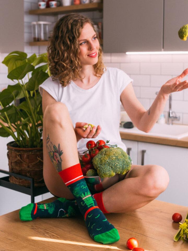 Potešte sa týmto kúskom Dedoles Regular Socks Fit Broccoli
