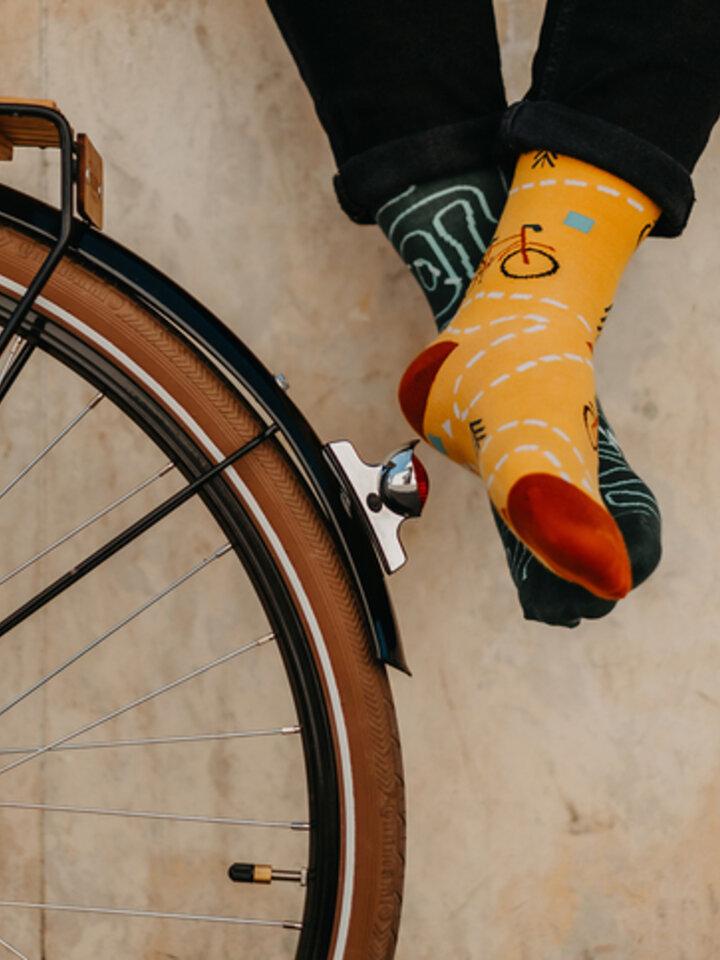 Výnimočný darček od Dedoles Veselé ponožky Na trase
