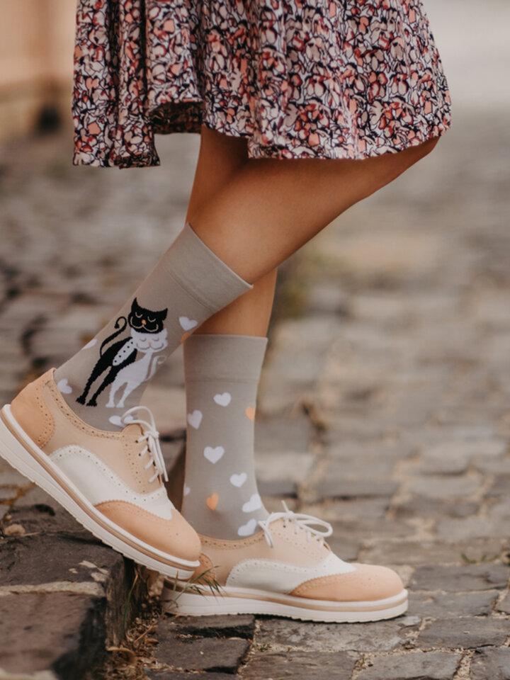 Pre dokonalý a originálny outfit Regular Socks Wedding Cats